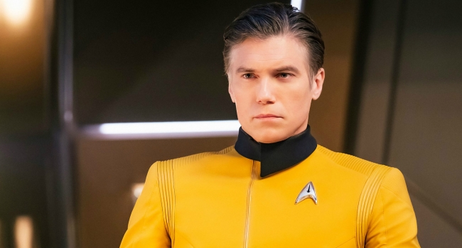 Star Trek: Discovery's Anson Mount Says He's Down To Play Pike Again