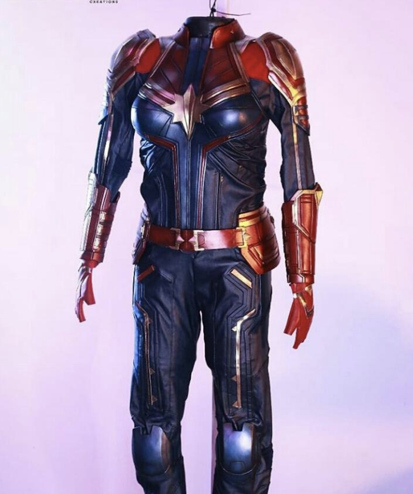 First Full Look At Captain Marvel S New Avengers Endgame Suit Revealed Captain america was the first marvel comics character to have appeared in media outside comics with the release of the 1944 movie serial, captain america. avengers endgame suit revealed