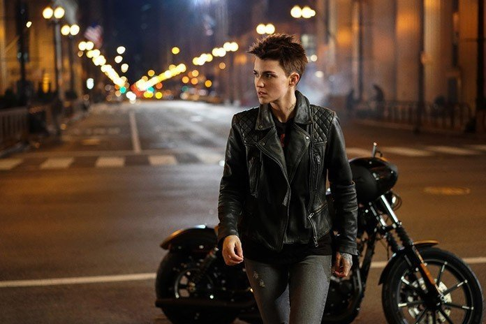 'Batwoman' First Look Trailer: Ruby Rose Is Gotham City's New Protector