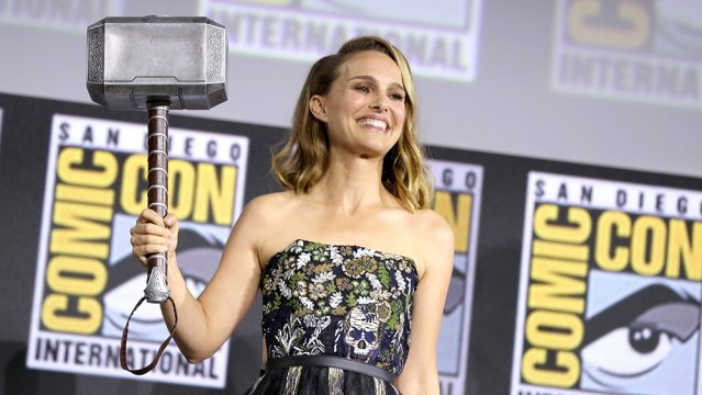 Watch Natalie Portman Become The Mighty Thor And Lift Mjolnir