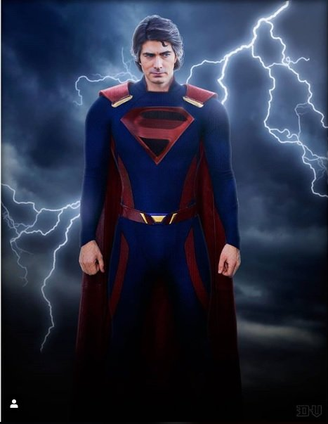 Brandon Routh Suits Up As Superman