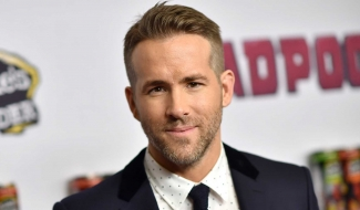 Ryan Reynolds Is Bloody And Bruised In First Hitman's Wife's Bodyguard Photo