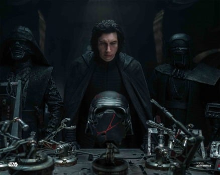 Lucasfilm Won T Be Erasing The Star Wars Sequel Trilogy After All