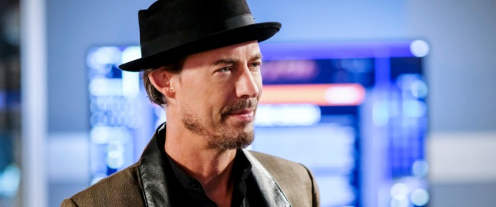 The Flash's Tom Cavanagh Says Nash Might Not Be The Last Wells
