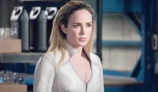 New Legends Of Tomorrow Poster Teases White Canary's Return In Season 6