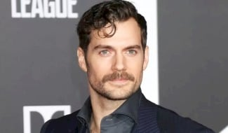 Henry Cavill Teases A Top Secret New Project