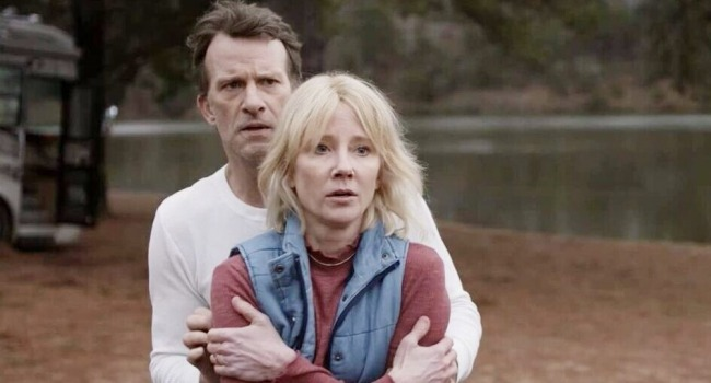 A Thomas Jane Mystery Thriller Is Blowing Up On Netflix