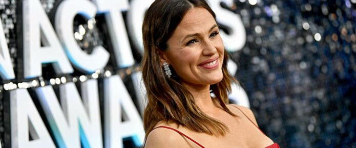 A Critically Panned Jennifer Garner Film is Finding New Life On Streaming