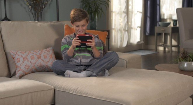 2DS Kid 662x360 Dawn Of The 2DS: Why Nintendos Newest Misstep Is Their Smartest Move Of The Year