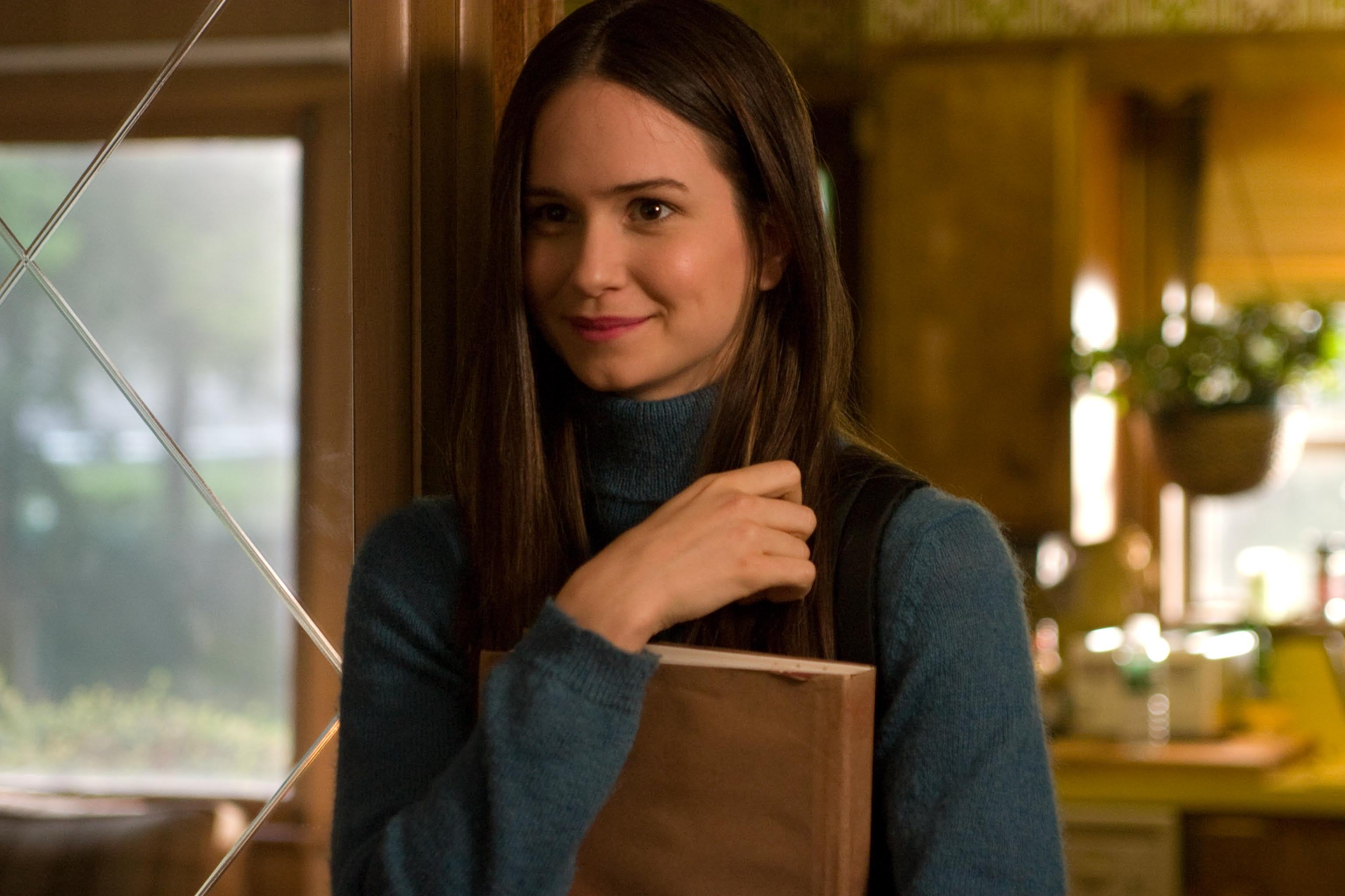 Katherine Waterston Gets Lead Role In Inherent Vice