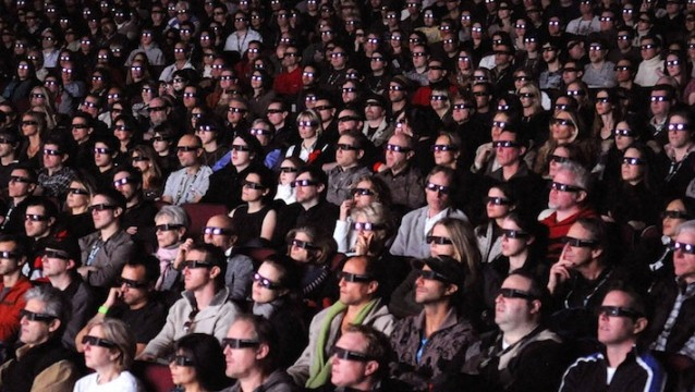 3d movies 638x360 The Ten Worst Behaviors Of Modern Moviegoers
