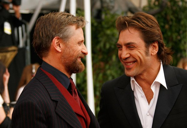 46386 Javier Bardem & Viggo Mortensen Frontrunners For The Lead In The Dark Tower