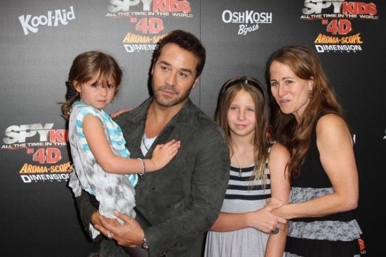 Roundtable Interview With Jeremy Piven On Spy Kids: All The Time In The World