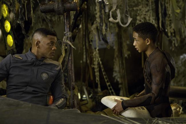 After Earth2 5 Awkward Aspects Of After Earth