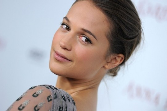 Alicia Vikander Lands Lead Roles In The Light Between Oceans And The Danish Girl