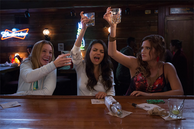 a bad moms christmas takes the franchise into the holiday season