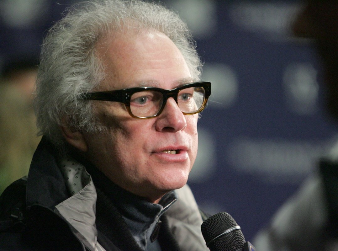 Barry Levinson Taking Over Gotti: Three Generations