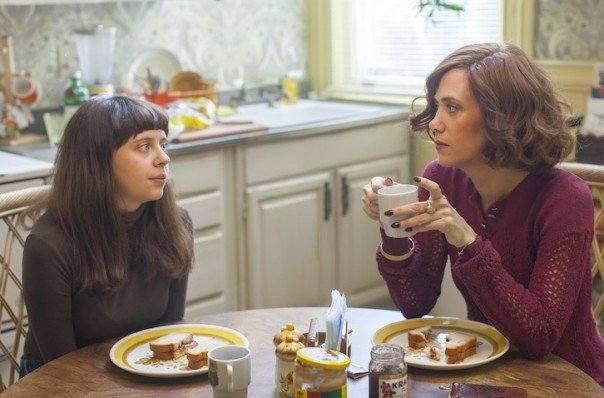 Bel Powley and Kristen Wiig in The Diary of a Teenage Girl