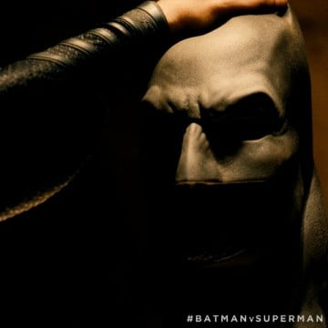 Batman Is Unmasked In Latest Promo Photo For Batman V Superman: Dawn Of Justice