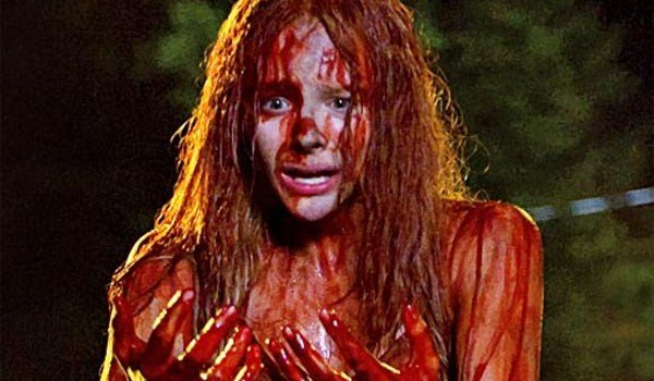 Chloe Moretz Carrie 2013 Movie 600x350 5 Movies To See In October