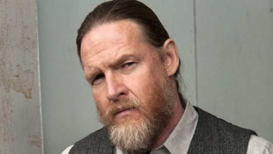 The 52-year old son of father Michael J. Logue and mother Elizabeth Logue, 180 cm tall Donal Logue in 2018 photo