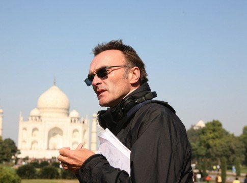 Danny Boyle directing in India 485x360 Top 10 Filmmakers Who Can Tackle The Batman Reboot