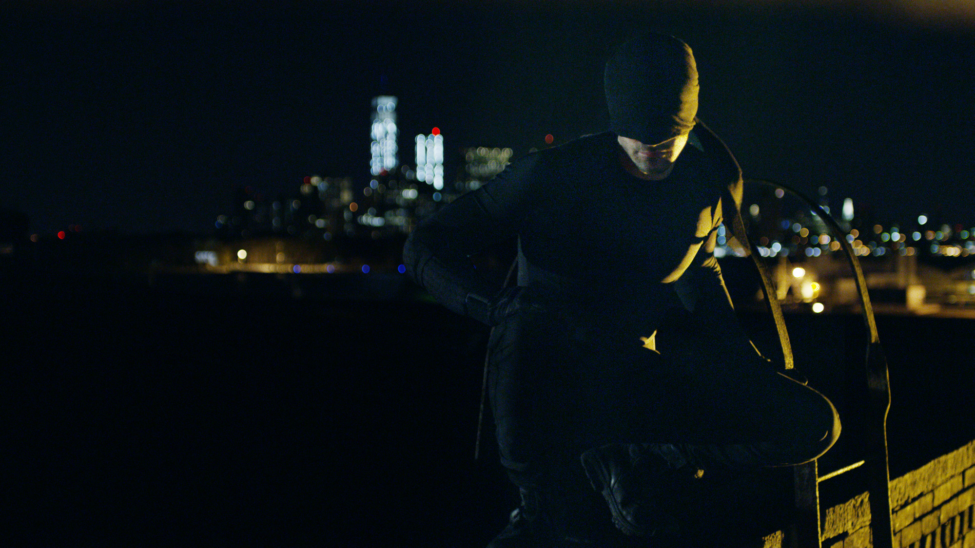 Daredevil Costume Revealed In Official Images And Concept Art