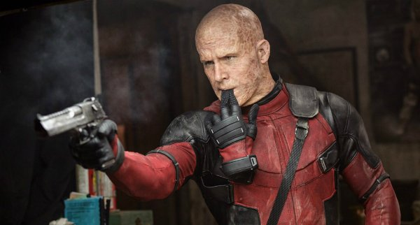 Ryan Reynolds Paid To Have The Deadpool Writers On Set After Fox Refused