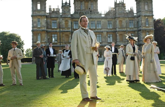 9 Reasons To Give Watching Downton Abbey A Chance Despite Everything