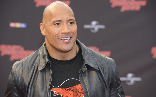 Dwayne Johnson Will Lead The Baywatch Movie