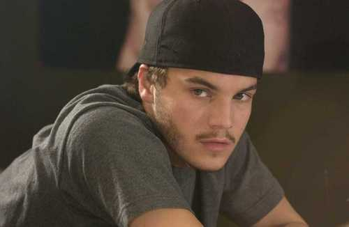 Emile Hirsch Joins Oliver Stone's Savages