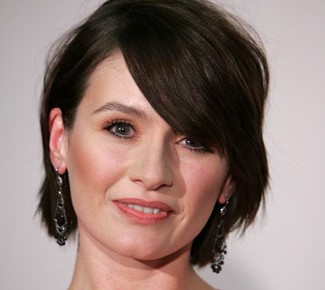 Emily Mortimer Offered Lead In Aaron Sorkin HBO Pilot