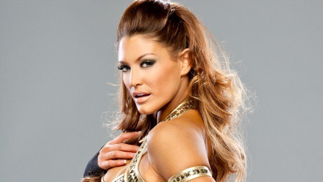 Former WWE Diva Eve Torres To Play Maxima In Supergirl