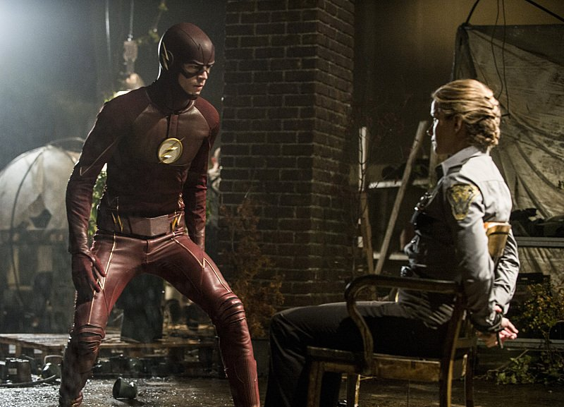 """First Look Images From The Flash Season 2, Episode 2: """"Flash Of Two Worlds"""""""
