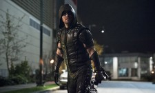 Green Arrow And The Flash Take Down Hawkman In Clip From Tonight's Crossover
