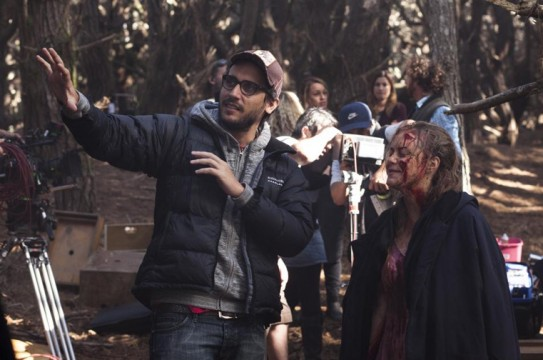Fede-Alvarez-coaches-Elizabeth-Blackmore-through-a-gory-scene