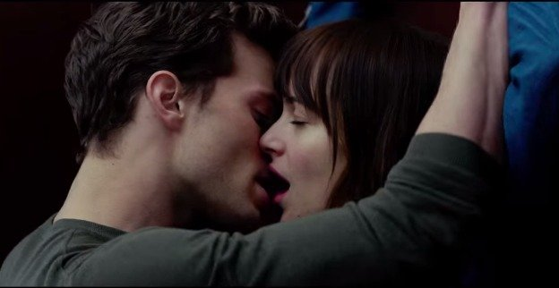 Fifty-Shades-of-Grey-kiss