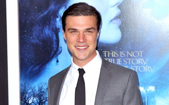 The 32-year old son of father Peter Wittrock and mother Sarah Wittrock, 183 cm tall Finn Wittrock in 2017 photo