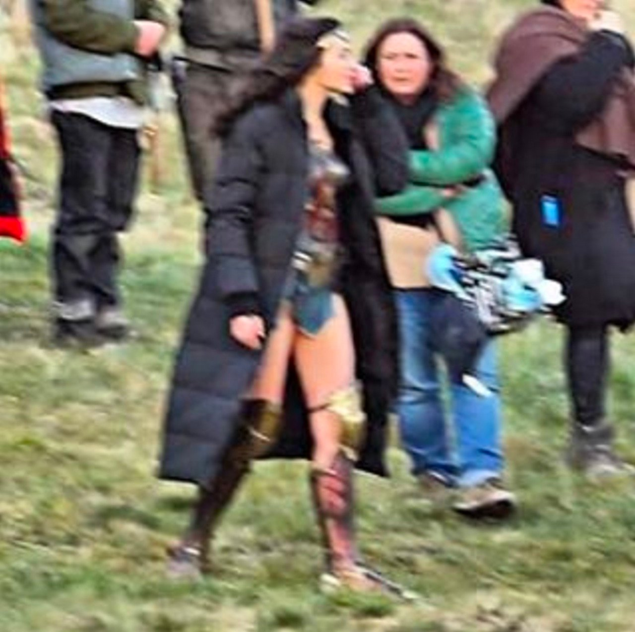 New Wonder Woman Set Photos Show Gal Gadot Suited Up