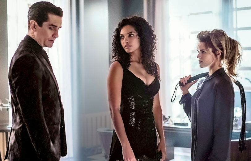 New Gotham Still Sets Up A Kinky Love Triangle