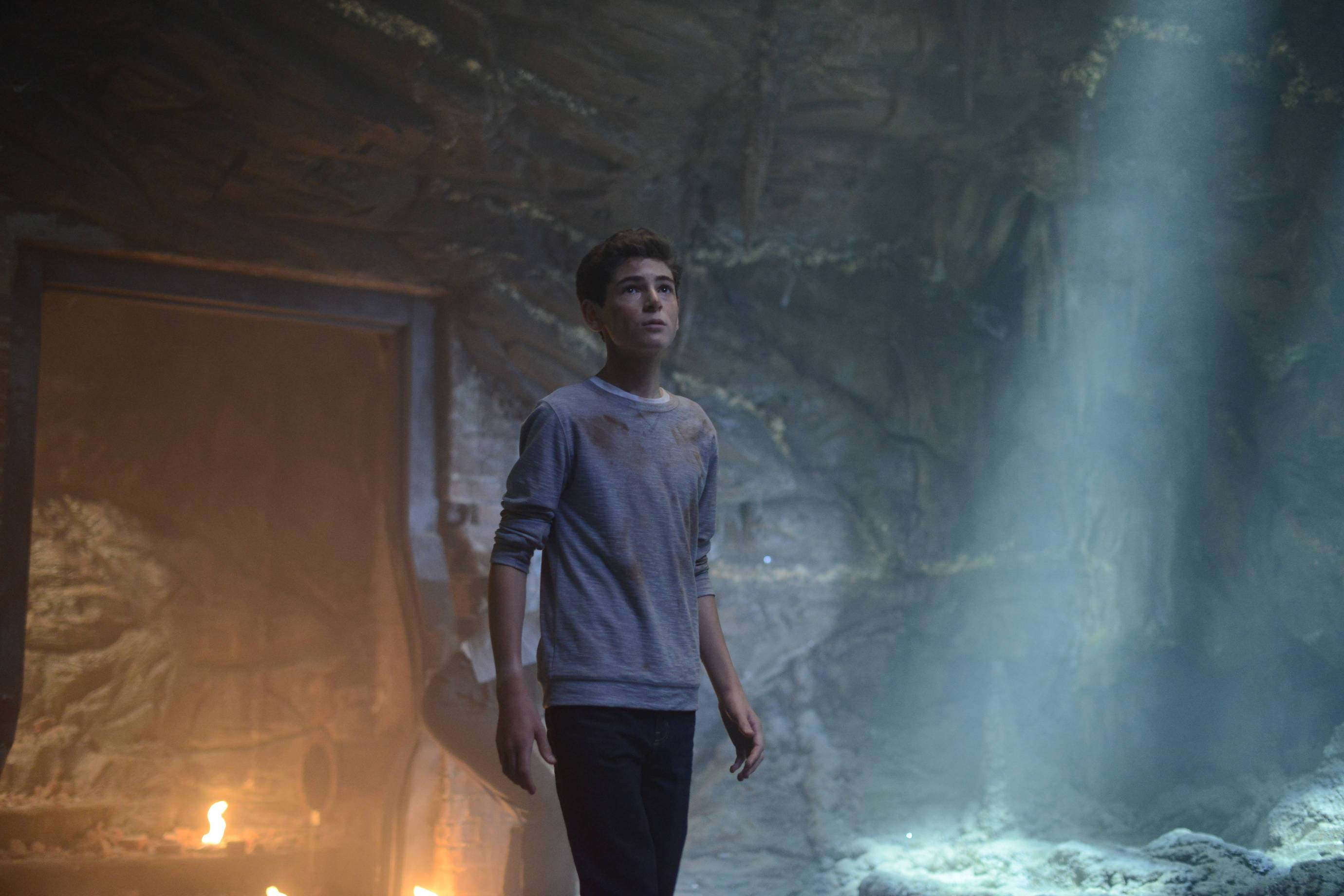 First Batch Of Stills From The Gotham Season 2 Premiere