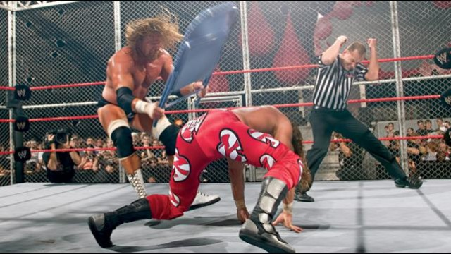 HBK_V_HHH_Hell-in-a-Cell_04_1