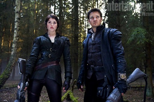Hansel And Gretel: Witch Hunters Red-Band Trailer Warns Against Sweets