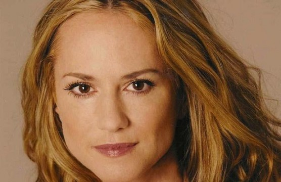 HollyHunter 618x400 556x360 Holly Hunter May Play Leslie Thompkins In Batman Vs. Superman