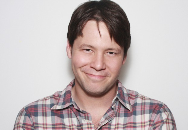 Ike Barinholtz Lands Male Lead In Universal's Tina Fey-Amy Poehler Comedy The Nest