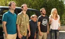 """It's Always Sunny In Philadelphia Review """"Charlie And Dee Find Love"""" (Season 8, Episode 4)"""