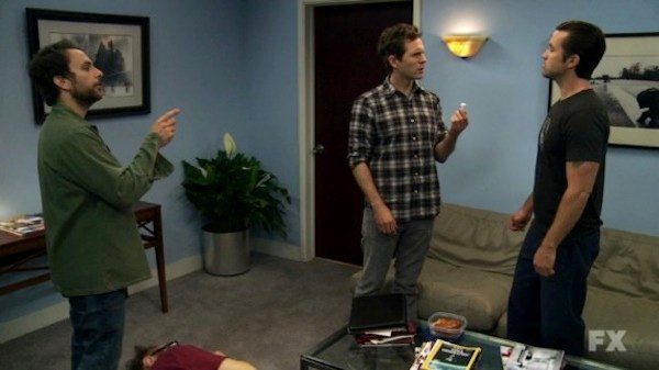 "It's Always Sunny in Philadelphia Review: ""The Gang Gets Analyzed"" (Season 8, Episode 5)"