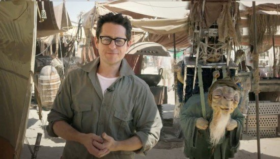 J.J. Abrams Humorously Responds To Star Wars: Episode VII Photo Leaks
