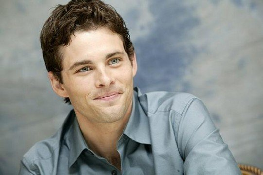 James Marsden Is Rival Newsman In Anchorman: The Legend Continues
