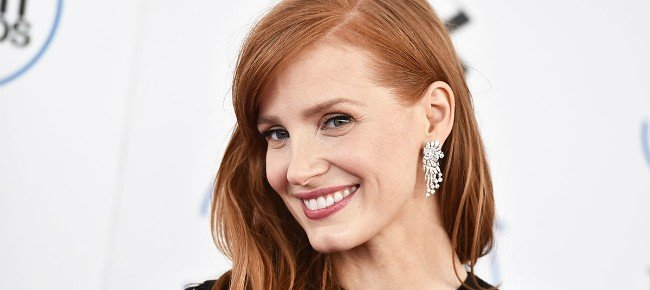 Gotham City Sirens: Jessica Chastain Entertains The Idea Of Playing Poison Ivy